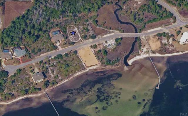 1539 Winding Shore Dr, Gulf Breeze, FL 32563 (MLS #537504) :: ResortQuest Real Estate