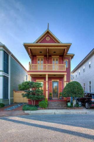 542 Santos St, Pensacola, FL 32502 (MLS #538012) :: Levin Rinke Realty