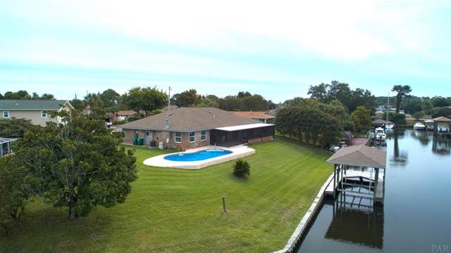 1047 Aquamarine Dr, Gulf Breeze, FL 32563 (MLS #562498) :: ResortQuest Real Estate