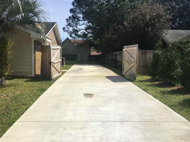 3920 Paradise Bay Dr, Gulf Breeze, FL 32563 (MLS #564599) :: Levin Rinke Realty