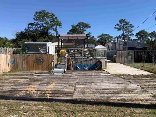 1402 Suncrest St, Gulf Breeze, FL 32563 (MLS #564613) :: ResortQuest Real Estate