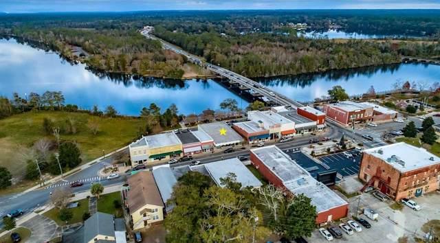 5232 Willing St, Milton, FL 32570 (MLS #564891) :: Levin Rinke Realty