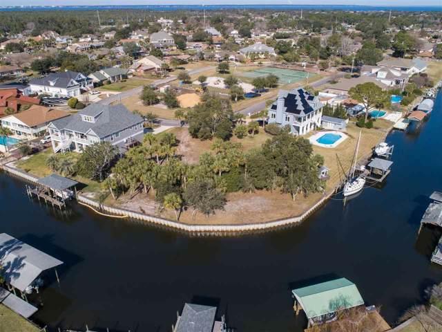 920 Gondolier Blvd, Gulf Breeze, FL 32563 (MLS #566897) :: Coldwell Banker Coastal Realty
