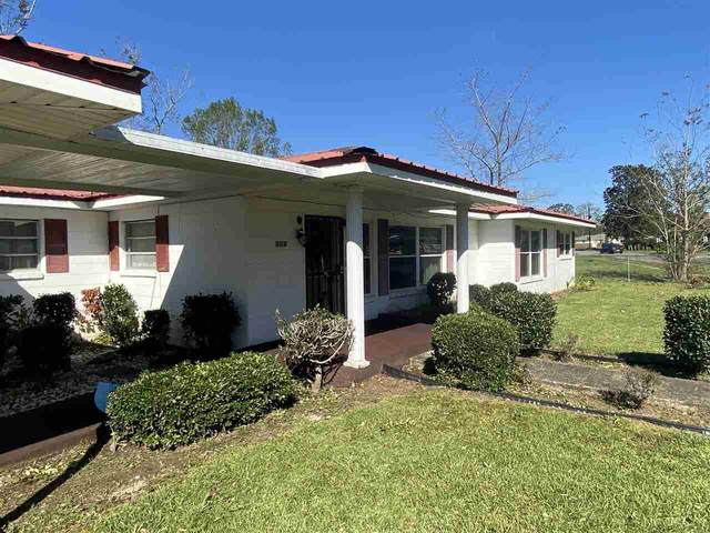 145 Carver Ave, Atmore, AL 36502 (MLS #580657) :: Connell & Company Realty, Inc.