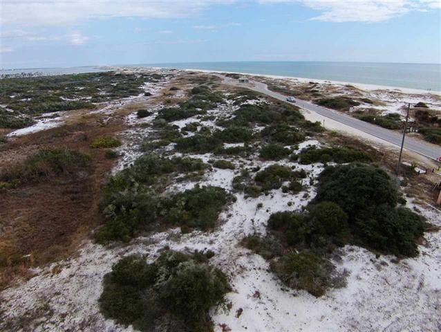 7210 Surfview Dr, Pensacola, FL 32507 (MLS #504849) :: Levin Rinke Realty