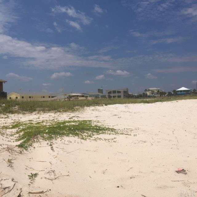 907 Ariola Dr, Pensacola Beach, FL 32561 (MLS #519644) :: Levin Rinke Realty