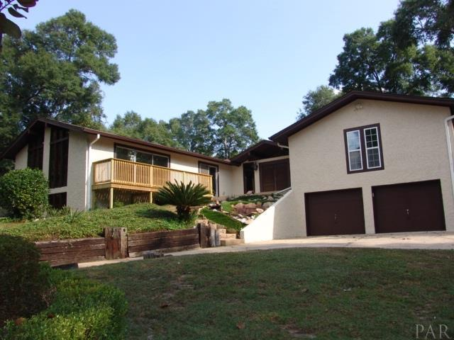 7543 Lakeside Dr, Milton, FL 32583 (MLS #524449) :: ResortQuest Real Estate