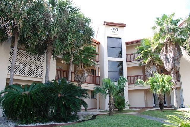 7453 Sunset Harbor Dr 2-104, Navarre Beach, FL 32566 (MLS #526639) :: Levin Rinke Realty