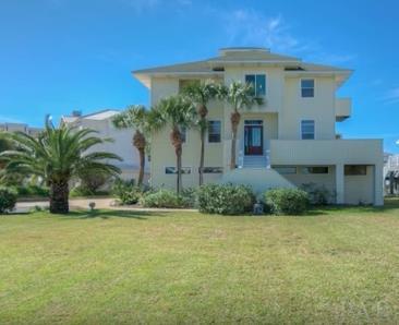 159 Le Port Dr, Pensacola Beach, FL 32561 (MLS #528096) :: Levin Rinke Realty