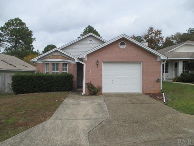2082 Cambridge Cir, Pensacola, FL 32514 (MLS #528192) :: Levin Rinke Realty