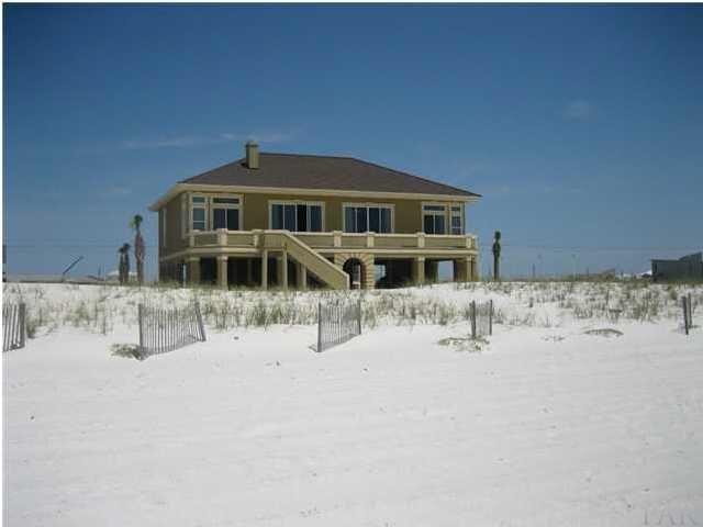 902 Ariola Dr, Pensacola Beach, FL 32561 (MLS #533651) :: ResortQuest Real Estate