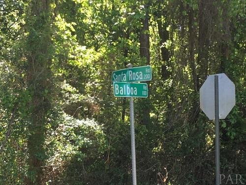 238 Santa Rosa Rd, Cantonment, FL 32533 (MLS #534718) :: Levin Rinke Realty