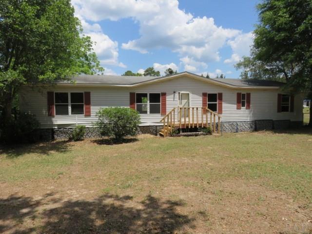 8742 Rebel Acres Rd, Pensacola, FL 32526 (MLS #536150) :: Levin Rinke Realty