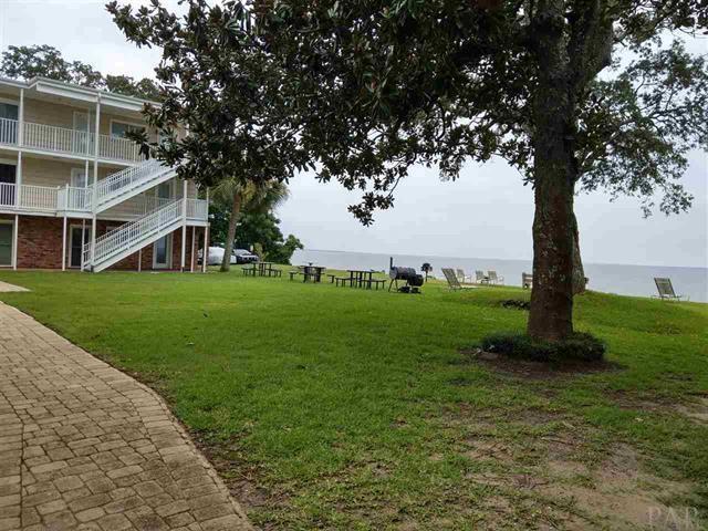 710 Scenic Hwy, Pensacola, FL 32503 (MLS #536688) :: Levin Rinke Realty