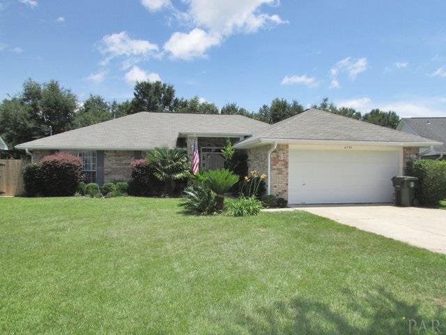 6795 Cedar Ridge Cir, Milton, FL 32570 (MLS #539658) :: ResortQuest Real Estate