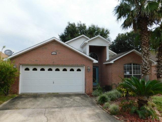 7152 Majestic Blvd, Navarre, FL 32566 (MLS #545379) :: Levin Rinke Realty