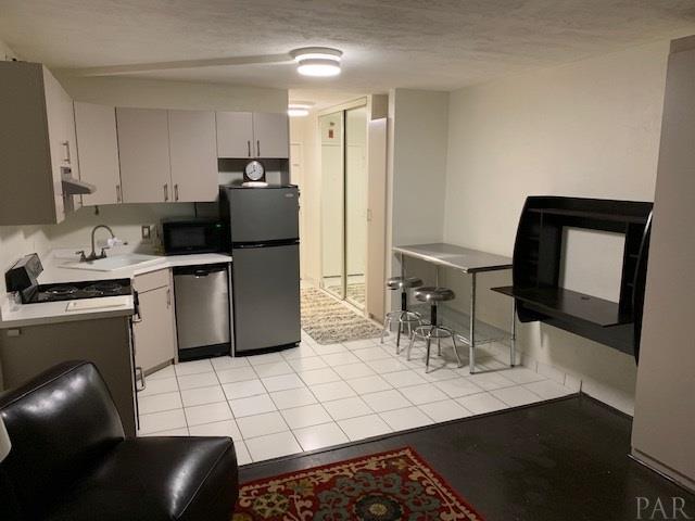 224 E Garden St #220, Pensacola, FL 32502 (MLS #545762) :: ResortQuest Real Estate