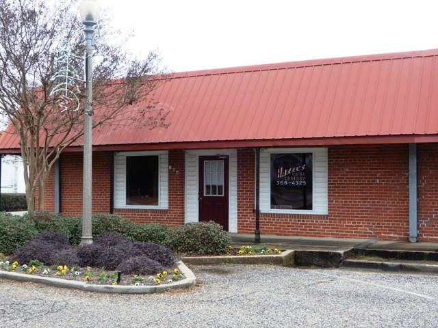 106 W Church St, Atmore, AL 36502 (MLS #547365) :: The Kathy Justice Team - Better Homes and Gardens Real Estate Main Street Properties