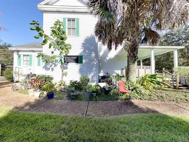902 E Blount St, Pensacola, FL 32501 (MLS #548801) :: ResortQuest Real Estate