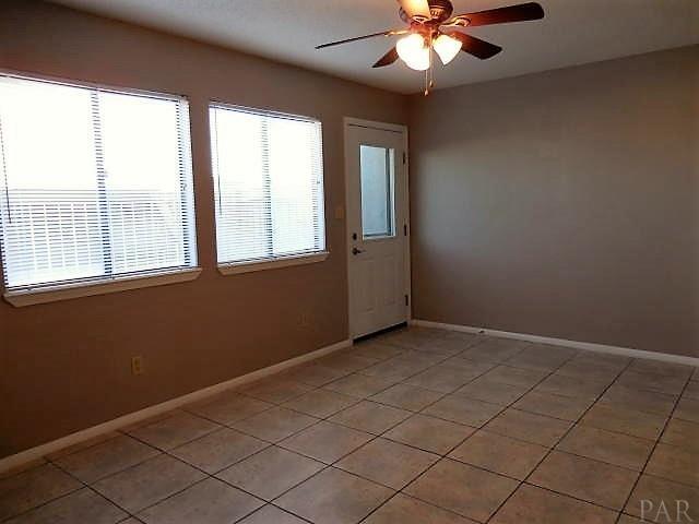 8443 Gulf Blvd B-4, Navarre Beach, FL 32566 (MLS #549532) :: Levin Rinke Realty