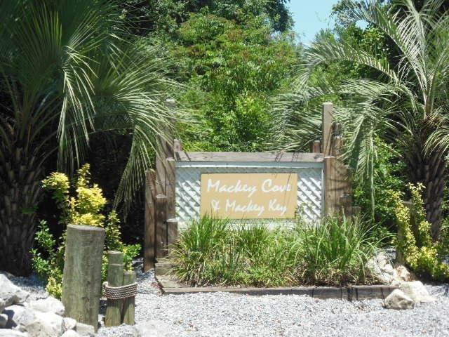 3650 Mackey Cove Dr, Pensacola, FL 32514 (MLS #551594) :: ResortQuest Real Estate
