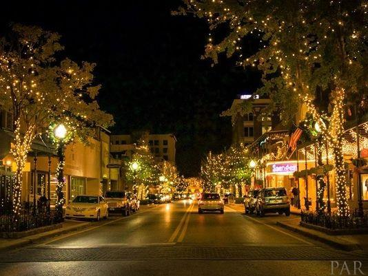 215 S E St, Pensacola, FL 32502 (MLS #555859) :: ResortQuest Real Estate