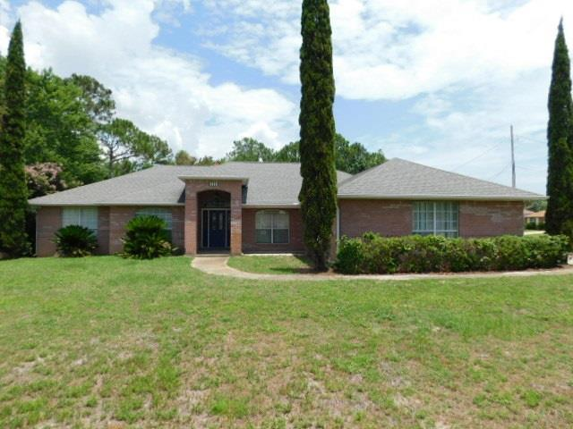 2500 Bluewater Dr, Navarre, FL 32566 (MLS #557103) :: Levin Rinke Realty