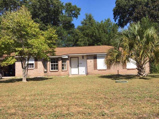 6506 Oakcrest Rd, Milton, FL 32570 (MLS #560901) :: Levin Rinke Realty