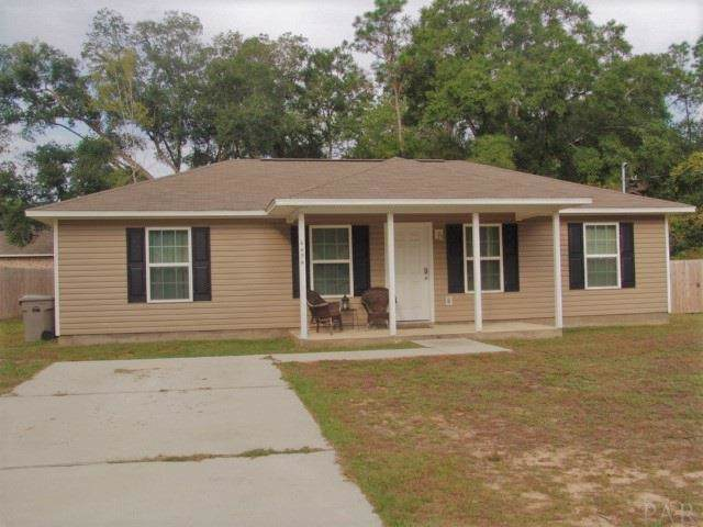 4454 Oak Ln, Milton, FL 32583 (MLS #562206) :: Berkshire Hathaway HomeServices PenFed Realty