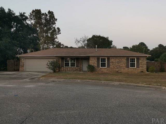 10922 Oak Valley Cir, Pensacola, FL 32506 (MLS #562283) :: Berkshire Hathaway HomeServices PenFed Realty