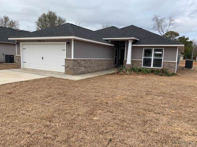 5707 Peach Dr, Pace, FL 32571 (MLS #564573) :: Levin Rinke Realty