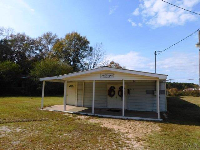 269 Hines St, Atmore, AL 36502 (MLS #565240) :: The Kathy Justice Team - Better Homes and Gardens Real Estate Main Street Properties