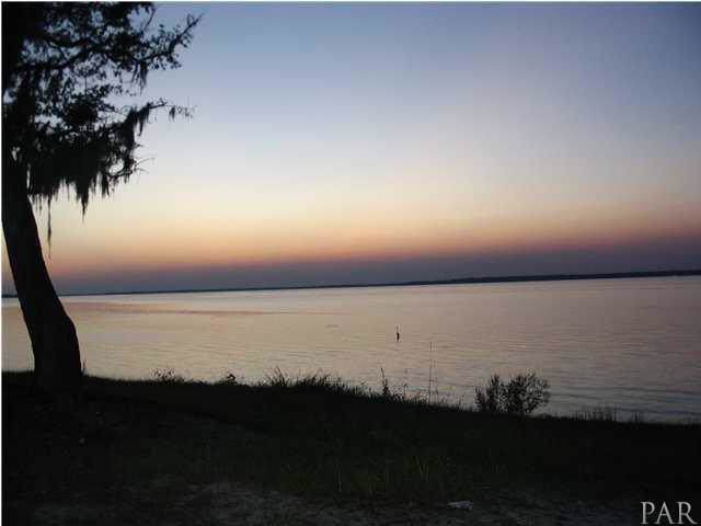 5336 Pale Moon Dr, Pensacola, FL 32507 (MLS #565498) :: Connell & Company Realty, Inc.