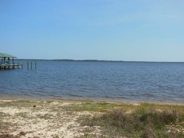 7351 Owensville Rd, Bagdad, FL 32583 (MLS #569046) :: Crye-Leike Gulf Coast Real Estate & Vacation Rentals