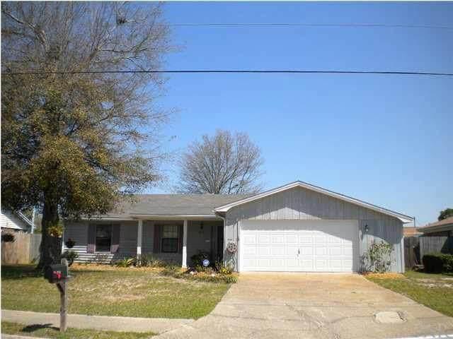 4951 Lanett Dr, Pensacola, FL 32526 (MLS #570109) :: ResortQuest Real Estate