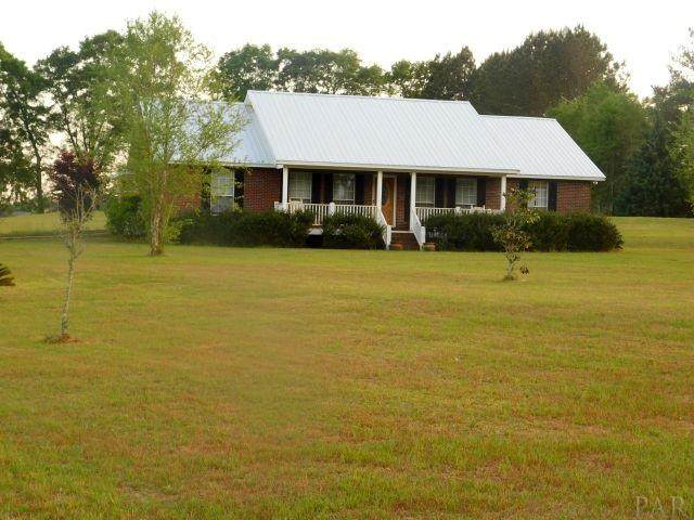 90 Maplewood Dr, Atmore, AL 36502 (MLS #570520) :: Connell & Company Realty, Inc.