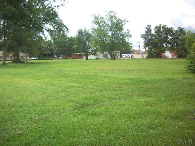 309 N Main St, Atmore, AL 36502 (MLS #570949) :: Connell & Company Realty, Inc.