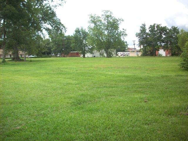 309 N Main St, Atmore, AL 36502 (MLS #570951) :: Connell & Company Realty, Inc.
