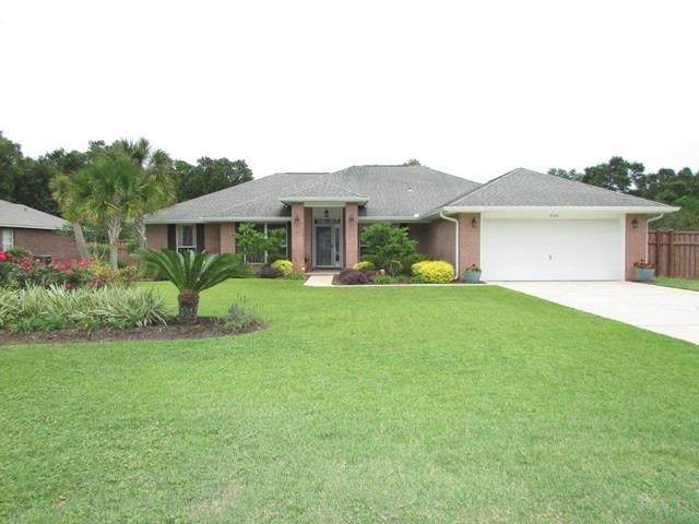 5168 Hawks Nest Dr, Milton, FL 32570 (MLS #573034) :: ResortQuest Real Estate