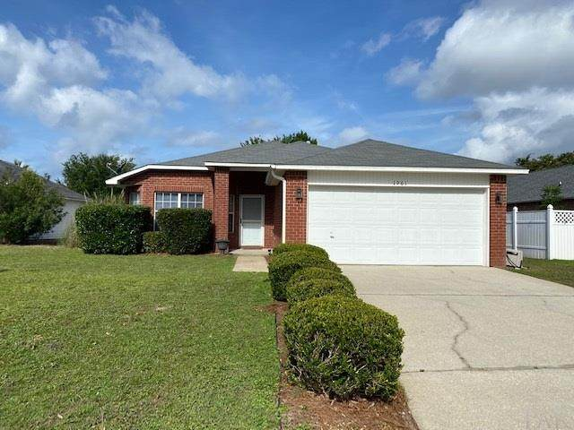 1961 Reserve Blvd, Gulf Breeze, FL 32563 (MLS #573169) :: Connell & Company Realty, Inc.