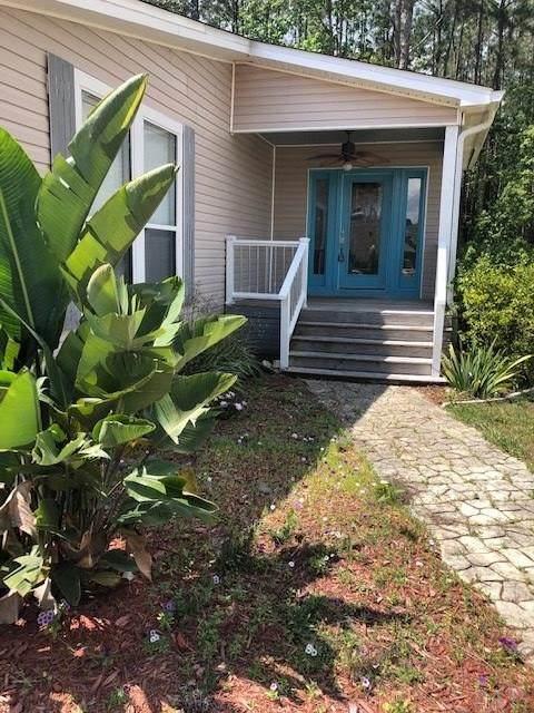 325 Riola Pl, Pensacola, FL 32506 (MLS #574791) :: Coldwell Banker Coastal Realty