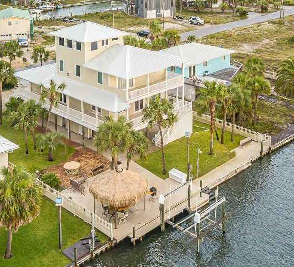 1442 Alabama St, Navarre Beach, FL 32566 (MLS #574962) :: Connell & Company Realty, Inc.