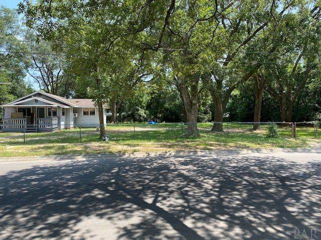653 Ditmar St, Pensacola, FL 32503 (MLS #576707) :: Coldwell Banker Coastal Realty