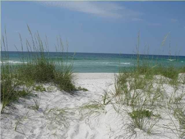 7575 Gulf Blvd, Navarre, FL 32566 (MLS #578881) :: Connell & Company Realty, Inc.