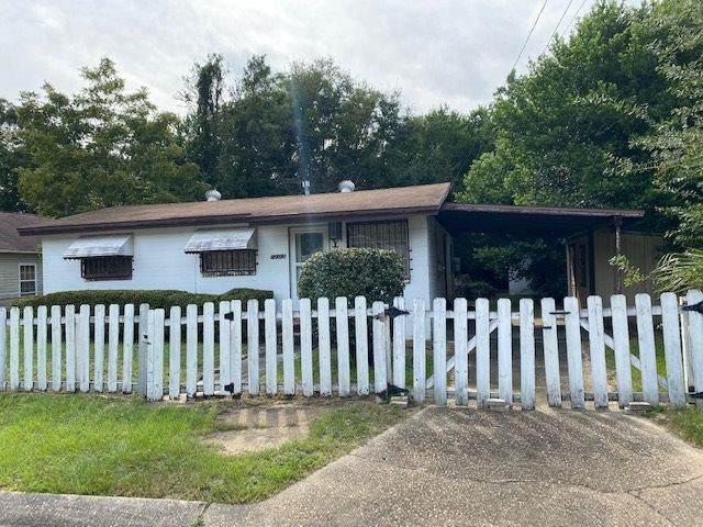1203 N C St, Pensacola, FL 32501 (MLS #578982) :: Levin Rinke Realty
