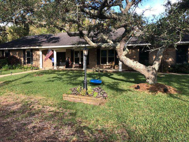 120 Hibiscus Ave, Gulf Breeze, FL 32561 (MLS #579877) :: Levin Rinke Realty