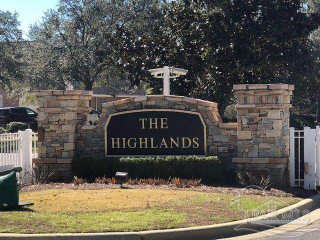 5829 Highland Lake Dr, Milton, FL 32583 (MLS #585351) :: The Kathy Justice Team - Better Homes and Gardens Real Estate Main Street Properties