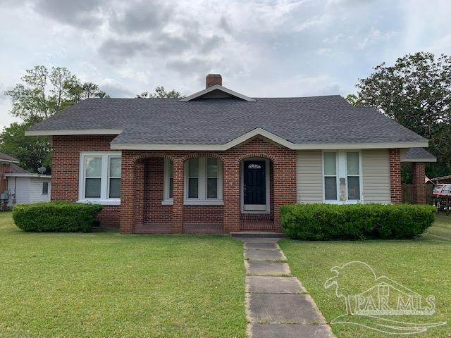 506 S Pensacola Ave, Atmore, AL 36502 (MLS #588763) :: The Kathy Justice Team - Better Homes and Gardens Real Estate Main Street Properties