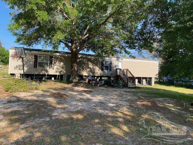 4524 Gentry Farms Dr, Milton, FL 32583 (MLS #589316) :: The Kathy Justice Team - Better Homes and Gardens Real Estate Main Street Properties