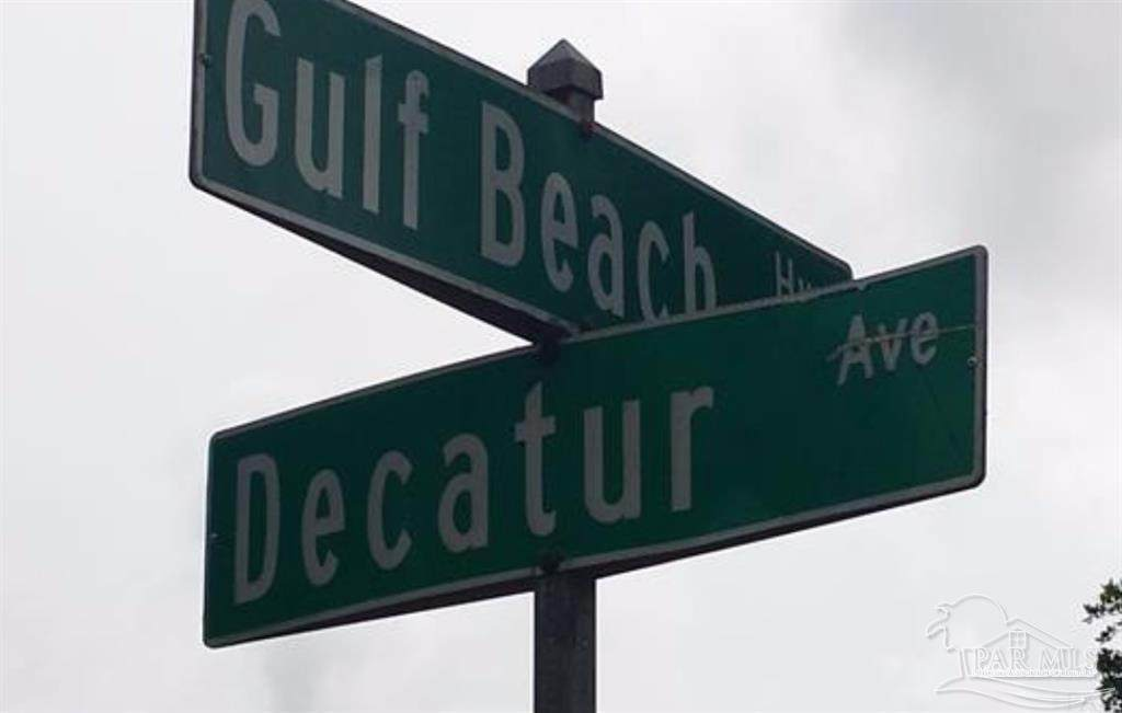 715 Decatur Ave - Photo 1
